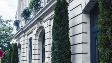 Flytte til Paris finne leilighet informasjon tips