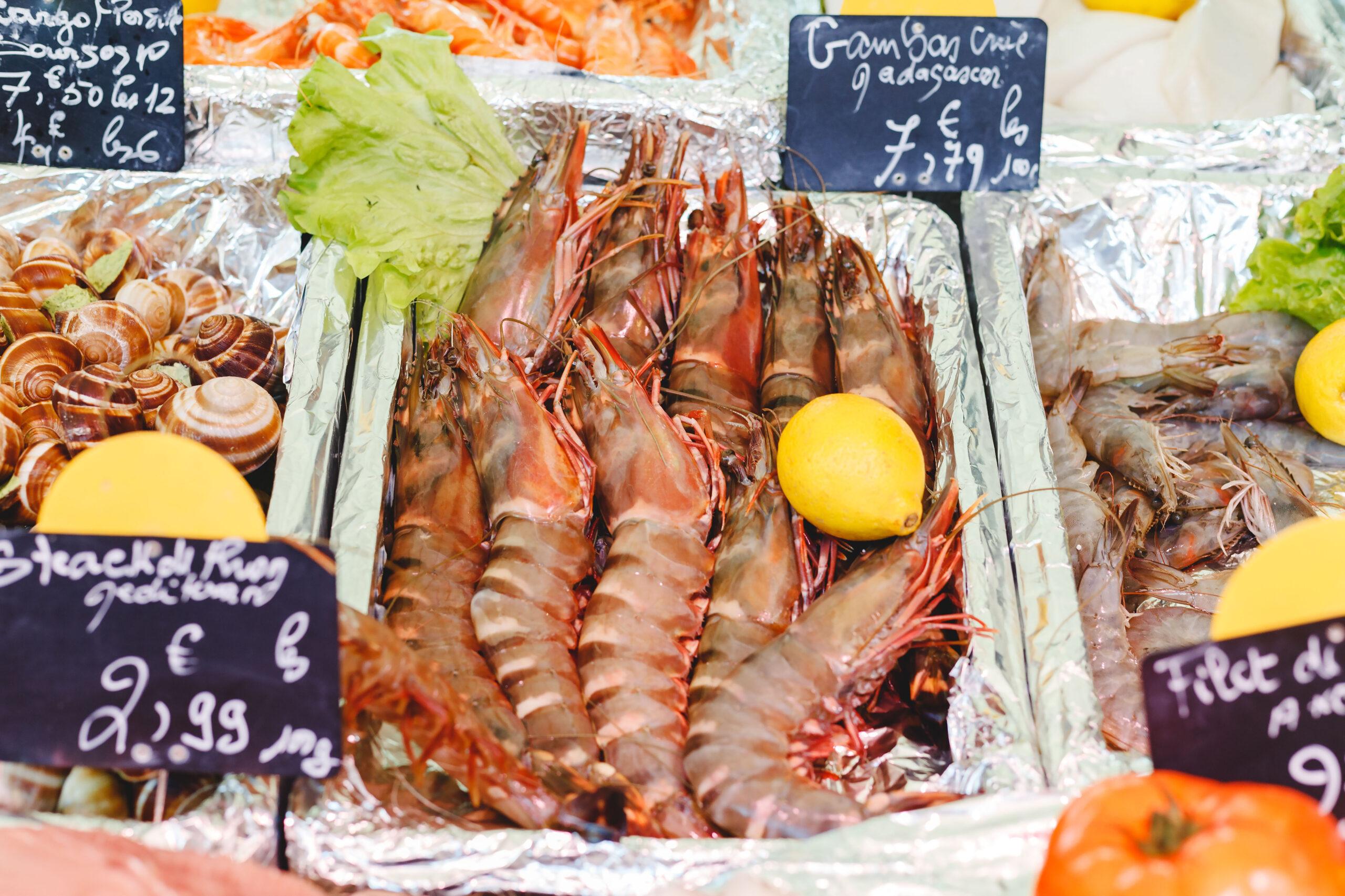 fisk skalldyr sjomat matmarked marked Paris Frankrike