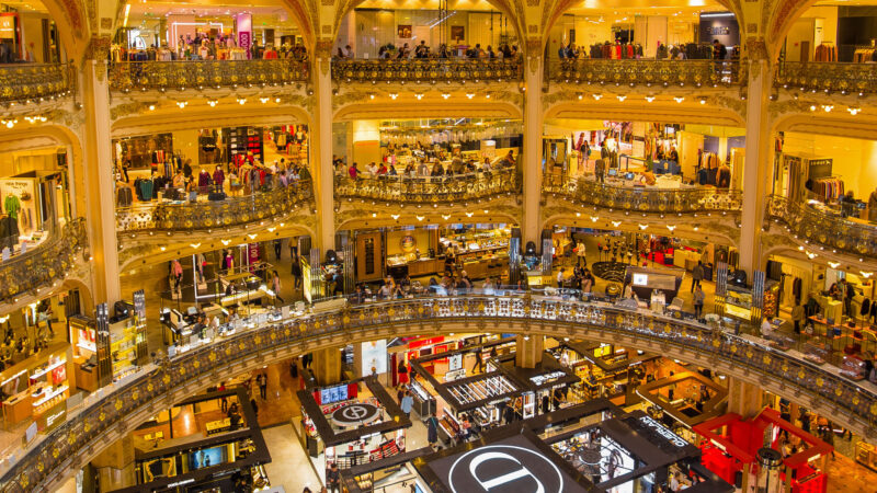 Galeries Lafayette Paris Frankrike shopping kjopesenter varehus