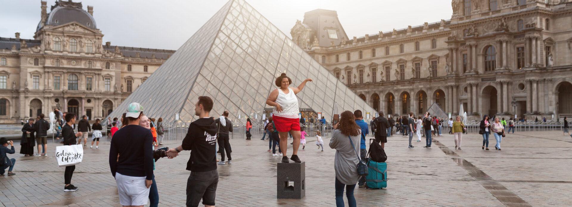 hvilke severdigheter Paris bor du se fa med deg