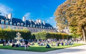 Place des Vosges fontene terapi studenter moteplass