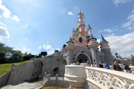 Eurodisney park Disneyworld Paris Frankrike ferie barn