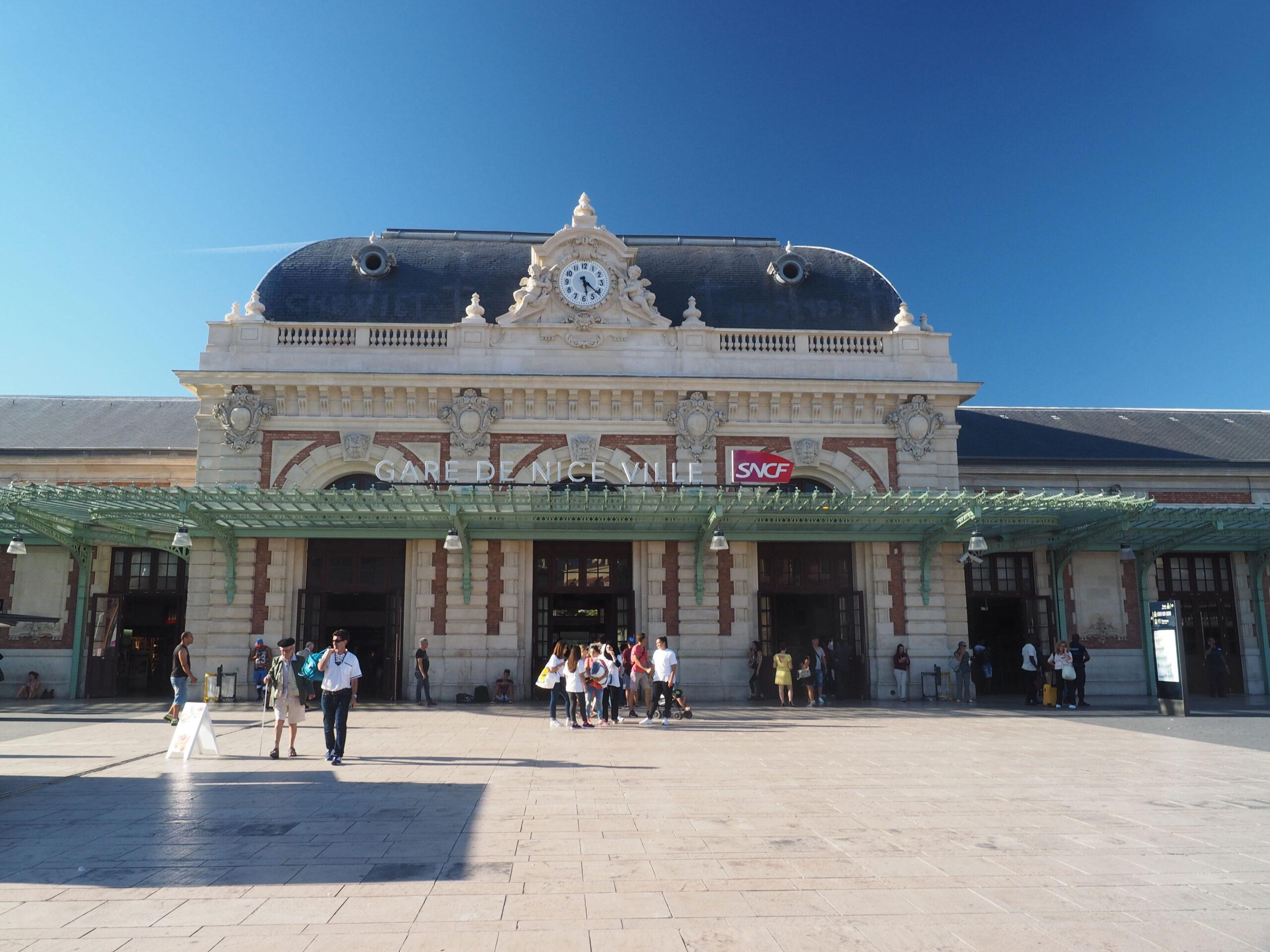 Gare de Nice Ville stasjon tog fra Paris til Nice