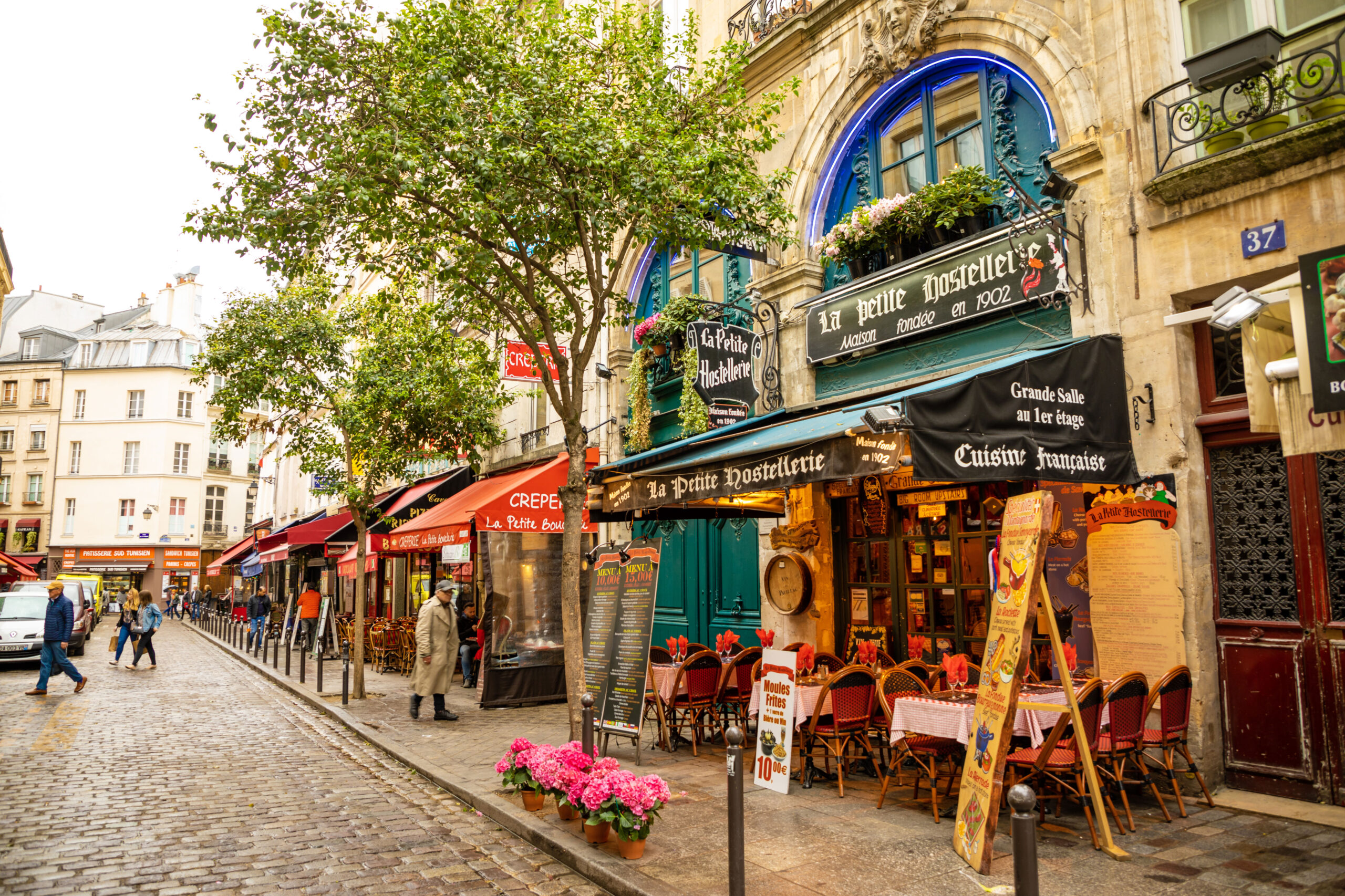 pene klaer Paris restaurant kleskode brasseri pakkeliste
