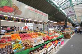 marked mat matmarked Paris Frankrike gronnsakter frukt kjott ost